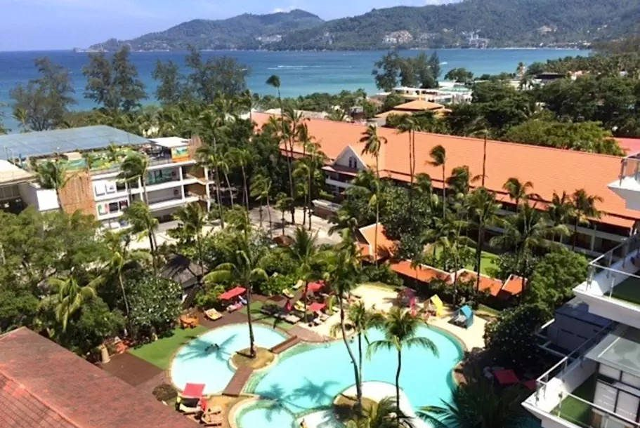 2 Bedrooms Condo With Sea View in Patong